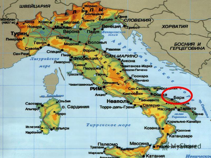 В 1087 р. через загрозу мусульманської навали мощі св. Миколая були перенесені до м. Барі, що на півдні Італії. Там вони перебувають і досі. В 1087 р. через загрозу мусульманської навали мощі св. Миколая були перенесені до м. Барі, що на півдні Італі
