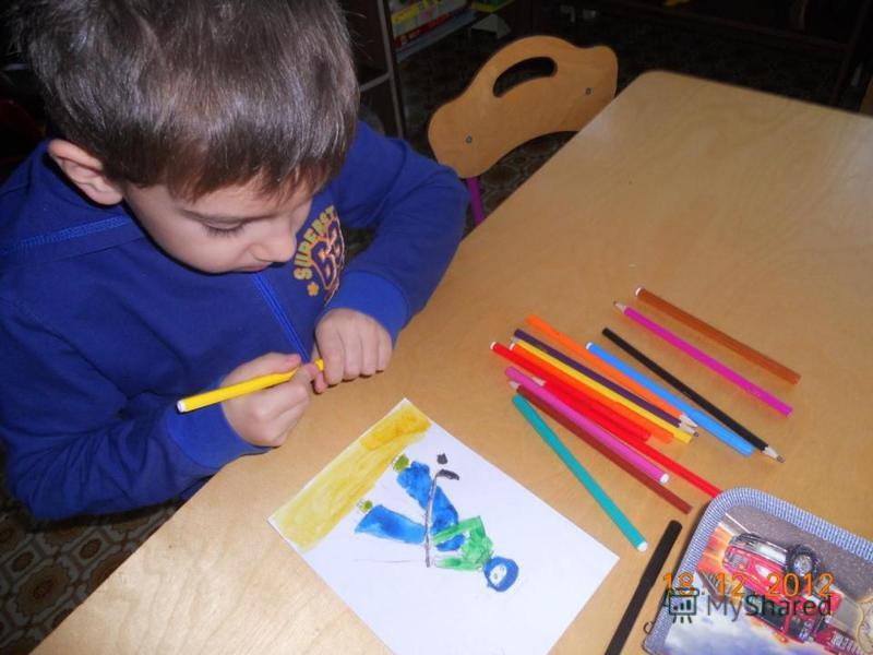 Совместная деятельность с детьми « Зимние забавы»