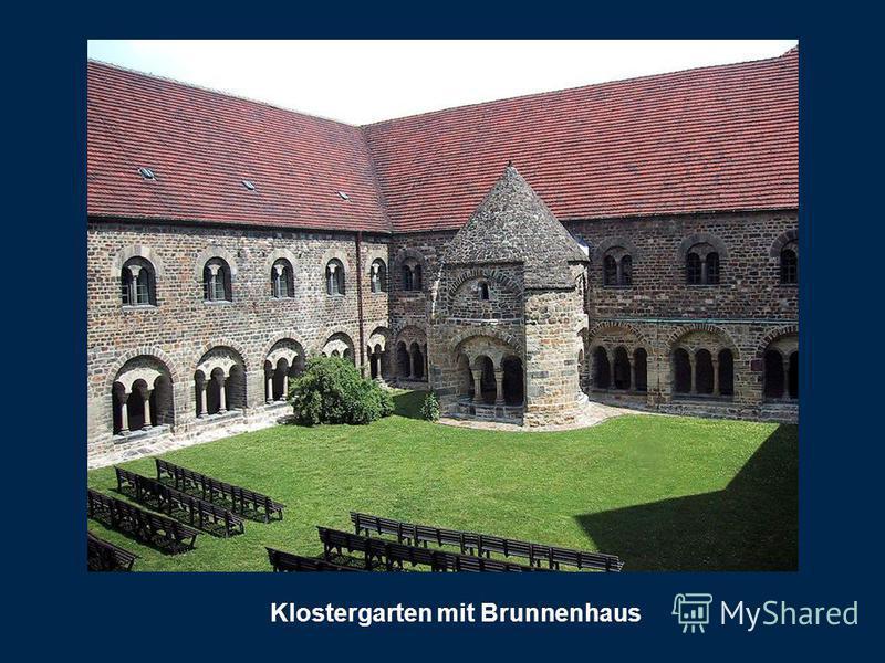 Klostergarten mit Brunnenhaus