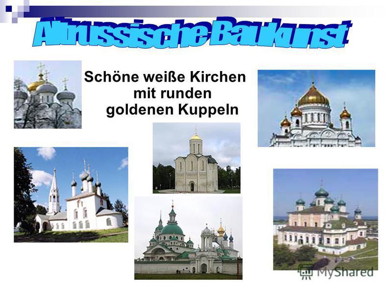Schöne weiße Kirchen mit runden goldenen Kuppeln