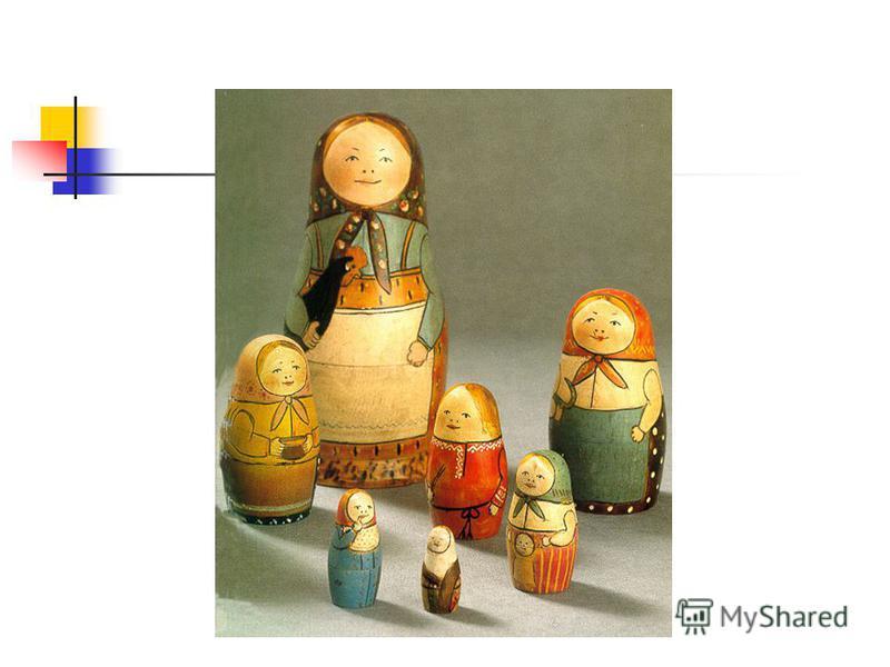Главная отличительная черта этой матрешки – стремление отобразить в росписи крестьянскую жизнь. Часто мастера рисуют в руках матрёшки какой-либо предмет: кувшин, цветы… Роспись фартука может быть любой: и в горошек, и в мелкий цветочек, и т.д., но чт