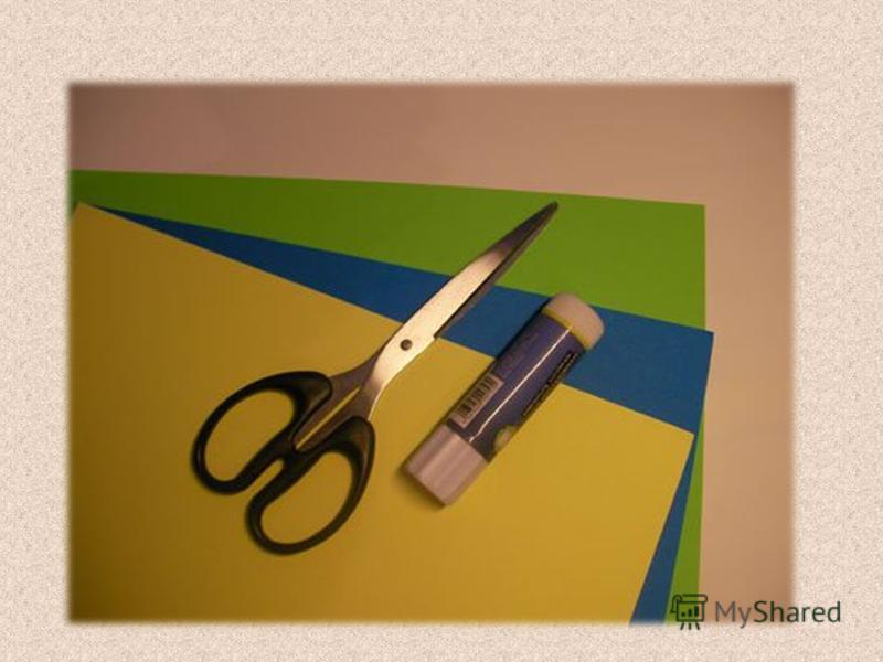Аппликация стрекозы из цветной бумаги