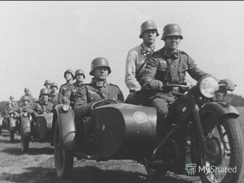С 5 декабря начинается этап наступления Красной Армии. В конце ноября в тыловом районе, позади Западного и Брянского фронтов, были сосредоточены свежие дивизии, прибывшие с Дальнего Востока, из Сибири, с Урала.