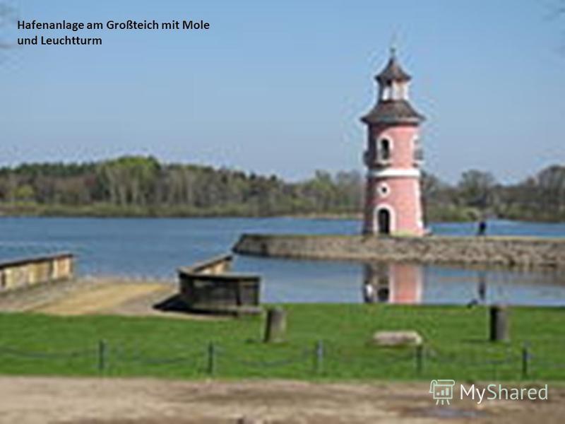 Hafenanlage am Großteich mit Mole und Leuchtturm