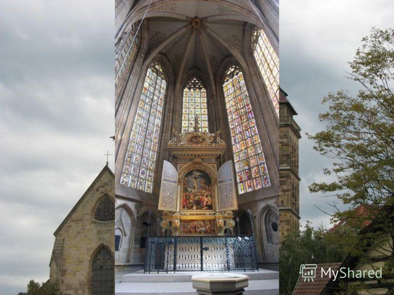 Вид с Grabkapelle Rotenberg и город Esslingen.