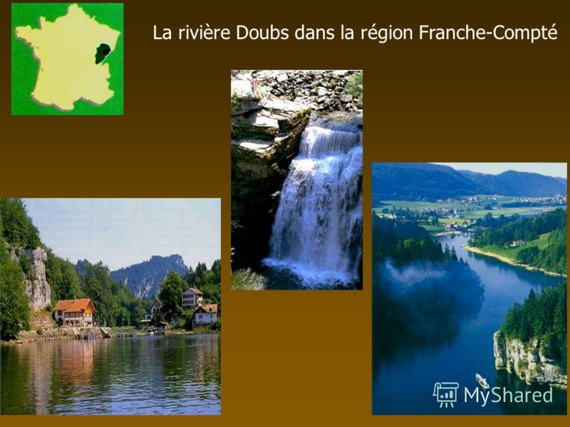 La rivière Doubs dans la région Franche-Compté