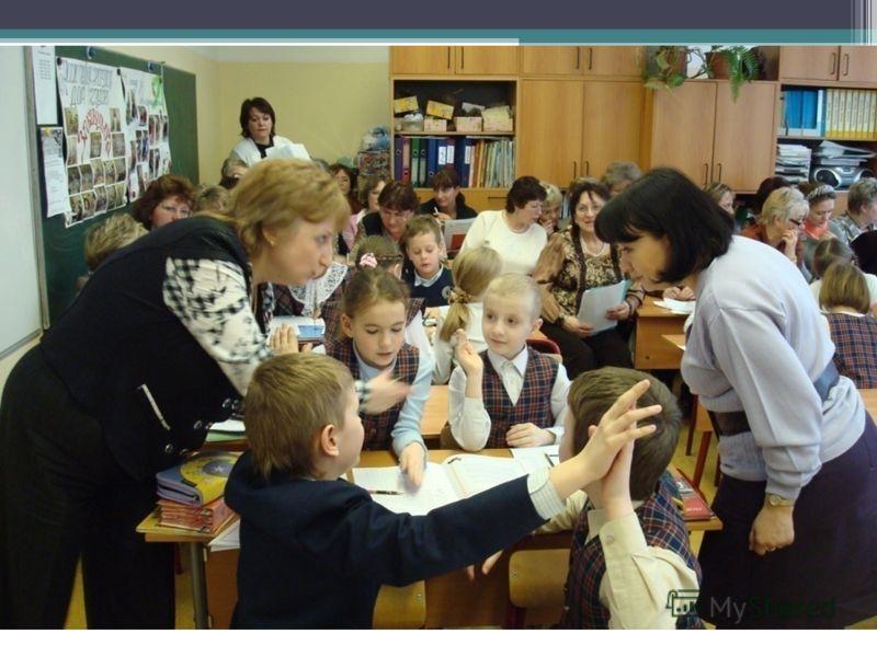 При выборе форм работы на первый план выходят практико- ориентированные формы: занятия с элементами тренинговых технологий тренинги круглые столы мастер-классы беседы
