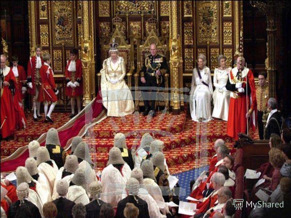 Во-первых, парламент утверждал (или не утверждал) налоги, о введении которых просил король. Во-вторых, он мог принимать законы. В-третьих, на заседаниях парламента в присутствии короля высказывались критические замечания о положении в стране, предлаг