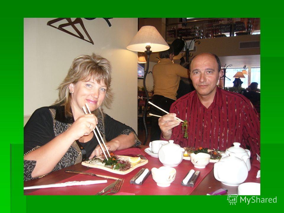 Здоровье. Вкус водорослей Сегодня японская кухня буквально покорила мир. Вы уже распробовали вкус водорослей? Если нет - мы настоятельно рекомендуем. Морская капуста (ламинарии), пожалуй, известна нам лучше всех. В китайских и японских супермаркетах