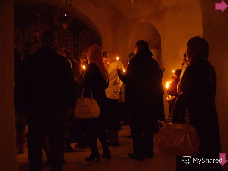 Пещерный комплекс является древнейшей частью монастыря. Протяженность его более 800 метров. Во время нападения татарской орды, спасением для осажденных были пещеры, пронизывающие утес по всему его объему. Время возникновения пещер неизвестно. Ориенти