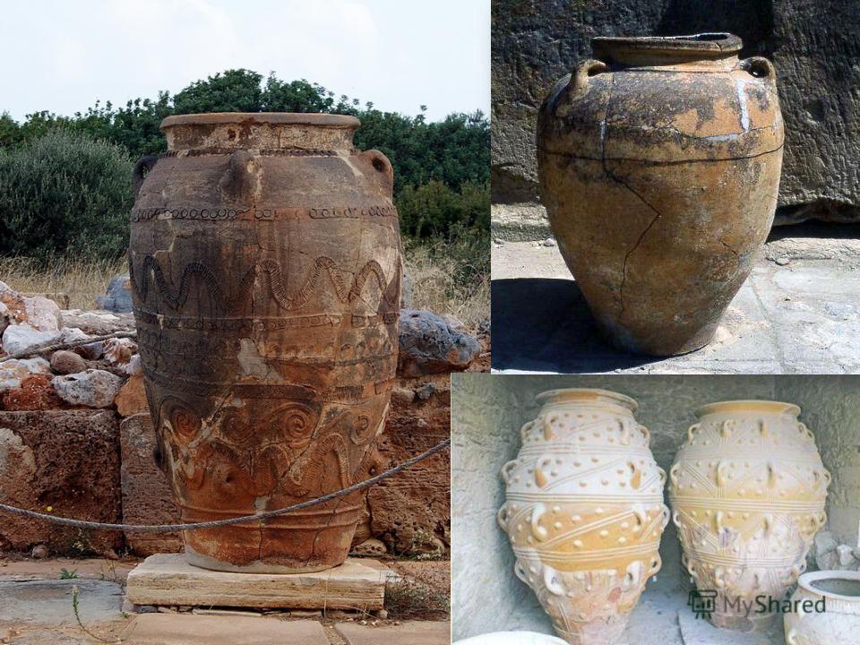ПИФОС (pithos) в Древней Греции большой сосуд с выпуклыми стенками, напоминающий бочку. Его делали из глины гончарным способом с толстыми стенками, реже из дерева или металла. Пифосы служили для хранения запасов зерна, оливкового масла, вина. Для луч