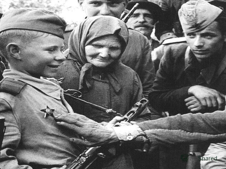 Солдаты шли на сметный бой, сражались не жалея жизни.