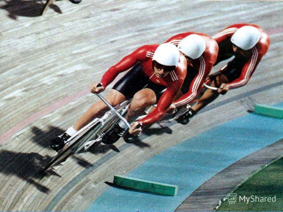 Так, спортивные велосипеды подразделяются на шоссейные, трековые, горные, для гонки за лидером, рекордно-гоночные и т. д.