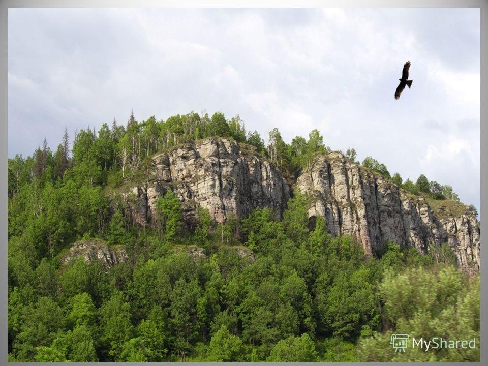 Когда Урал-батыр умер, люди насыпали над его могилой большой, высокий курган, от которого и образовались Уральские горы.