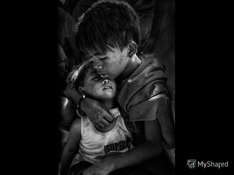 Thomas Tham Joo Kit (Nick: Mio Cade) Гражданство: Малайское (Singapore PR) Волонтер-консультант организации 5 NGO, расположенной в Азии. Томас помогает в строительстве лучшей жизни для брошенных детей, в том числе, через фотографию. Его интерес в фот