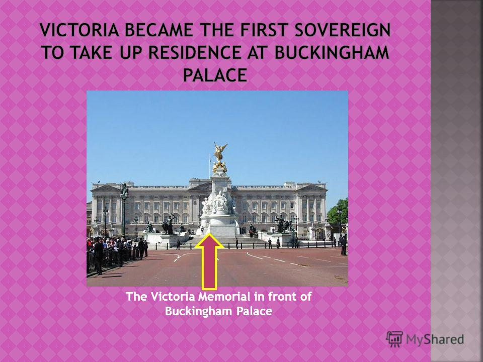 The Victoria Memorial in front of Buckingham Palace