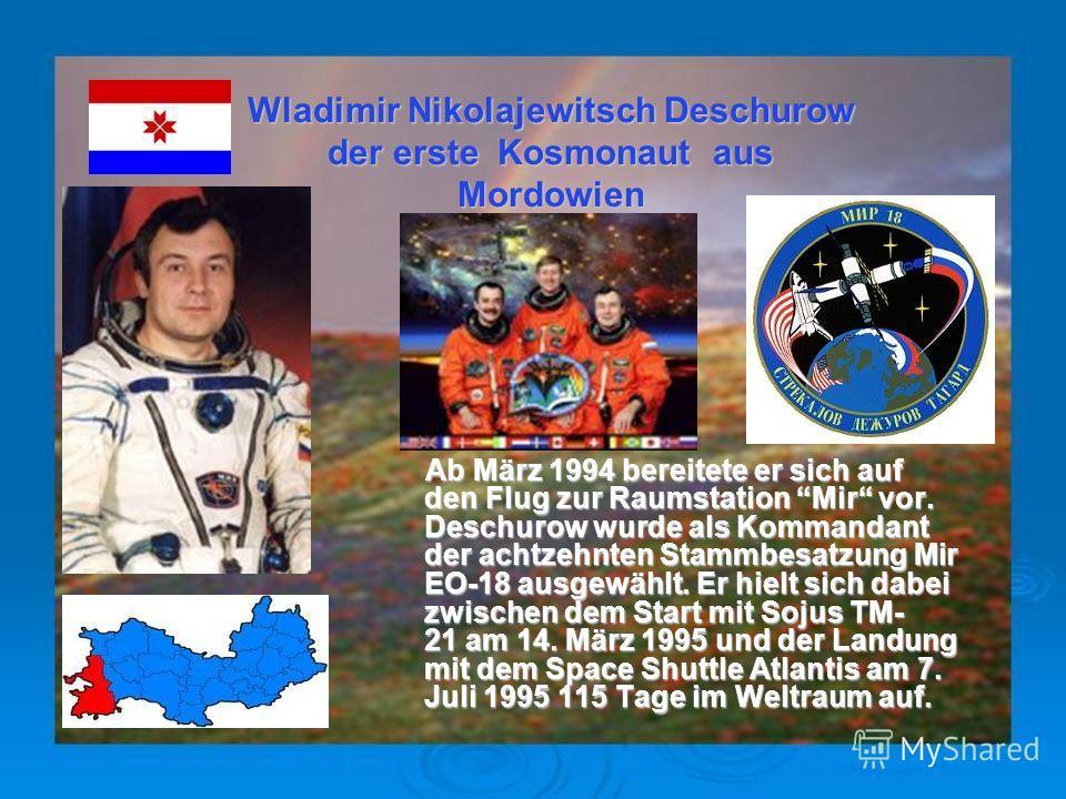 Sigmund Werner Paul Jähn war der erste Deutsche im Weltraum Der Physiker und Diplom- Militärwissenschaftler flog am 26. August 1978 in der sowjetischen Sojus31 Der Physiker und Diplom- Militärwissenschaftler flog am 26. August 1978 in der sowjetische