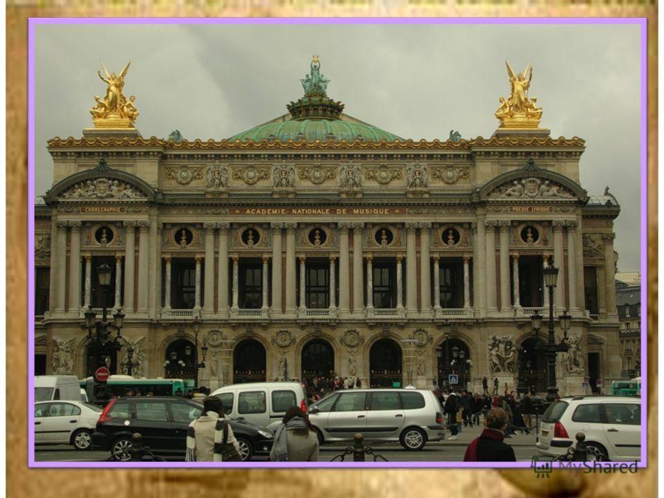 С тех пор как Лувр перестал служить одной из резиденций властей Франции, бывшие административные помещения стали постепенно освобождаться и передаваться музею. Этот процесс затянулся на долгие годы. Только в 1960–1980-е последние административные учр